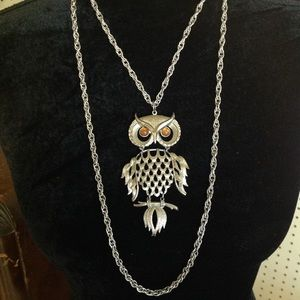 Jewelry - Vintage HUGE Articulating Owl Statement Necklace
